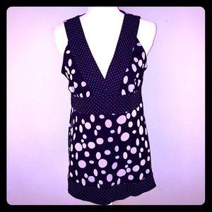 NEW INC Sleeveless Black & White Knit Top-Size L